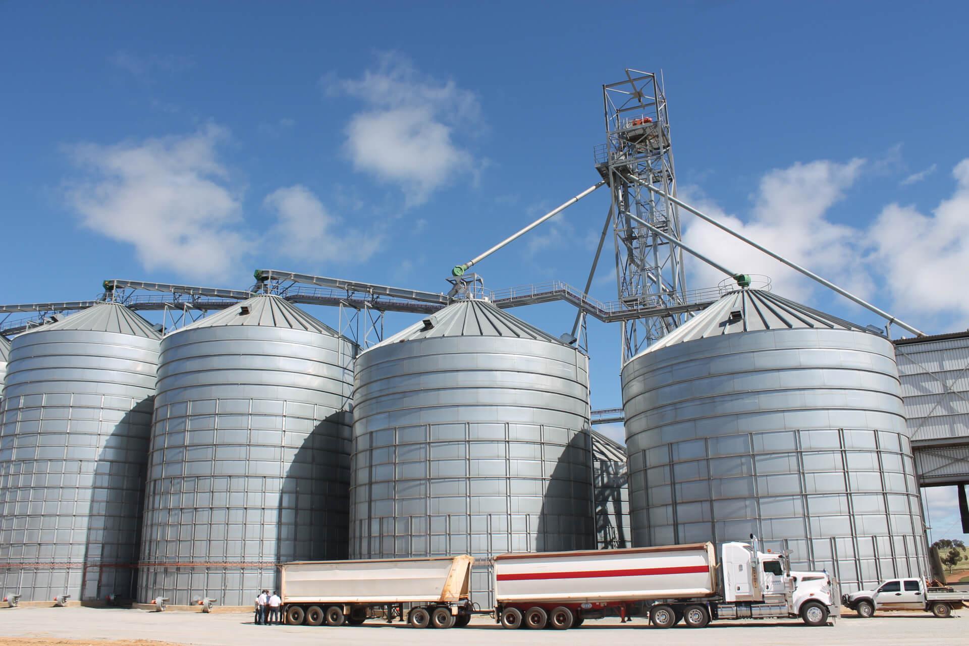 Сельхозпроизводители Казахстана настаивают на отмене платы за хранение зерна