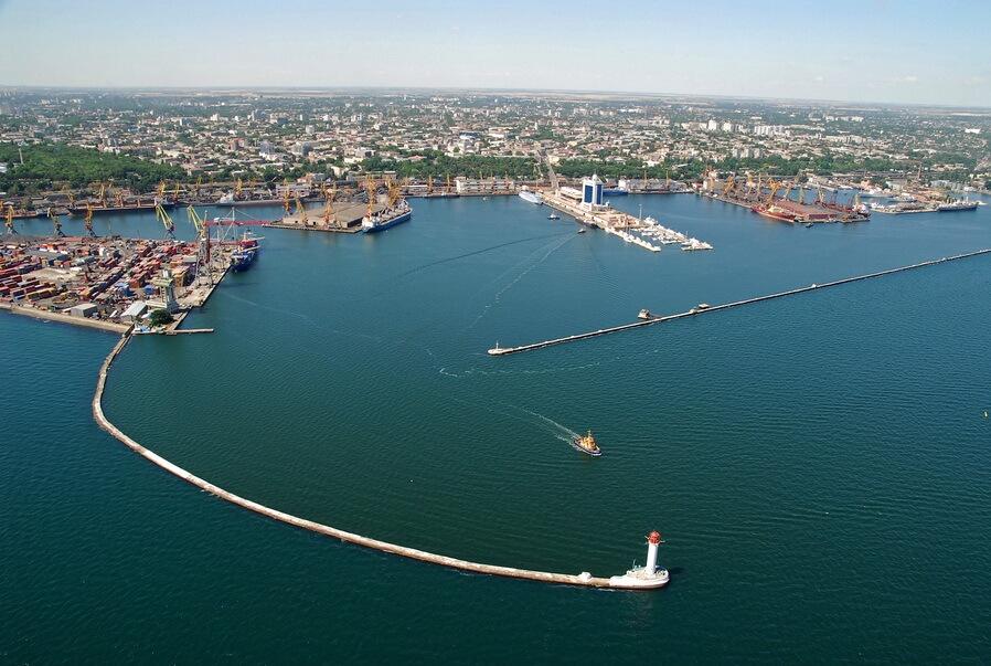Грузооборот в портах Украины увеличился на 11% благодаря снижению тарифов