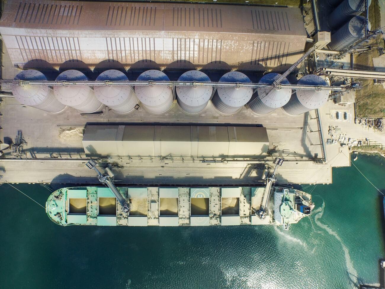 В текущем году перевалка зерна в морпортах Украины вырастет на 1 миллион тонн