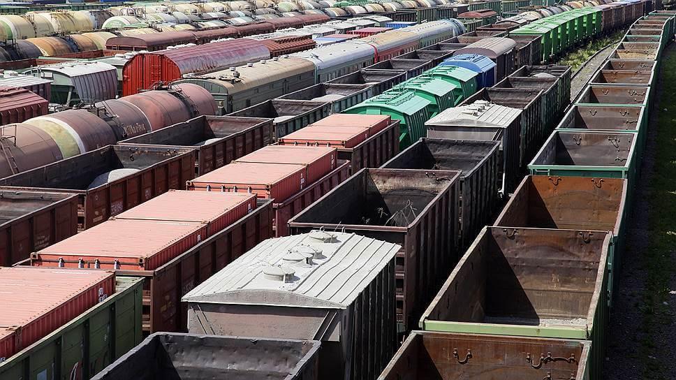 Ежегодный прирост в перевозках по железной дороге в Украине